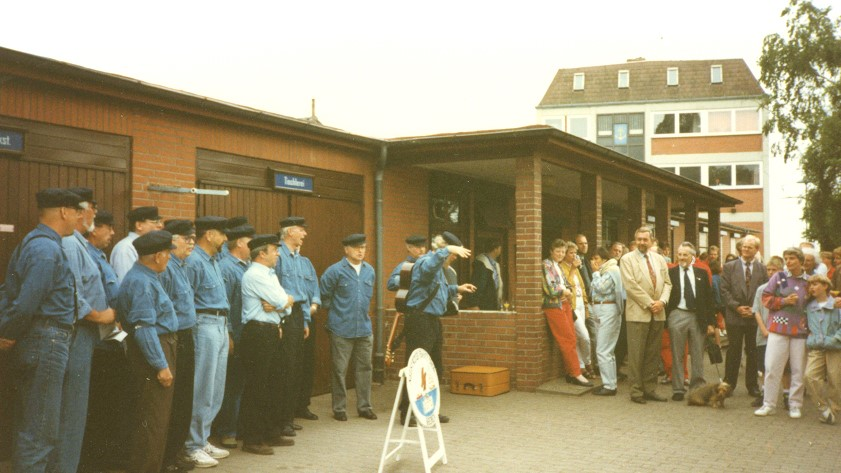 Neustädter Shanty-Chor bei der DLRG 1992