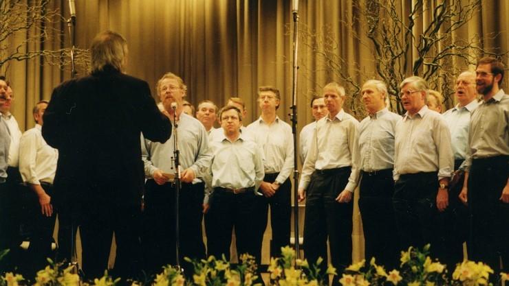 Neustädter Shanty-Chor beim Hafenkonzert 1990